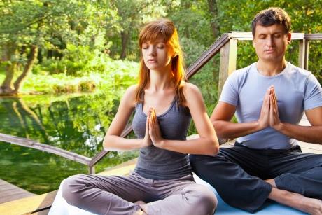 'Yogaromas' Essential Oils For Your Yoga Practice