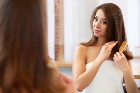 ESSENTIAL TIPS FOR HEALTHY SUMMER HAIR